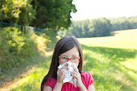 people coughing or sneezing - allergies and injuries Stock Photo - Premium Royalty-Freenull, Code: 6106-06434752
