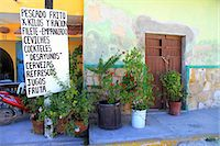 Alley with plant pots, Mexico Stock Photo - Premium Royalty-Freenull, Code: 622-06439225