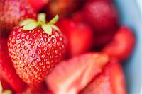 strawberries - Selective focus of fresh strawberry Stock Photo - Premium Royalty-Freenull, Code: 698-06443718