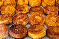 Typical Breton kouign-amann cakes, Dinan, Cotes d'Armor, Brittany, France, Europe Stock Photo - Premium Rights-Managednull, Code: 841-06445953