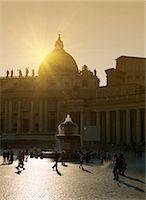 St. Peter's Basilica, Vatican, Rome, Lazio, Italy, Europe Stock Photo - Premium Rights-Managednull, Code: 841-06447046