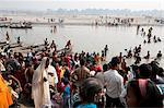 People crossing the River Ganges in the morning from Patna to the busy Sonepur Cattle Fair, Bihar, India, Asia Stock Photo - Premium Rights-Managed, Artist: Robert Harding Images, Code: 841-06447655