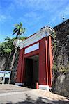 San Juan Gate, Old City Wall, UNESCO World Heritage Site, Old San Juan, San Juan, Puerto Rico, West Indies, Caribbean, United States of America, Central America Stock Photo - Premium Rights-Managed, Artist: Robert Harding Images, Code: 841-06447916
