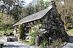 The Ugly House, Ty Hyll, Snowdonia National Park, Snowdonia, North Wales, Wales, United Kingdom, Europe Stock Photo - Premium Rights-Managed, Artist: Robert Harding Images, Code: 841-06447961
