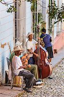 Street Musicians Performing Outdoors, Trinidad, Cuba Stock Photo - Premium Rights-Managednull, Code: 700-06465988