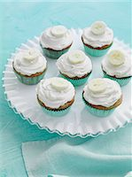 sweet   no people - Tray of banana cupcakes Stock Photo - Premium Royalty-Freenull, Code: 649-06488839