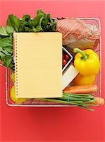 Basket with vegetables and notebook Stock Photo - Premium Royalty-Freenull, Code: 649-06488842