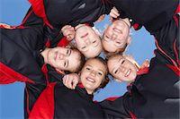 five people - Girls smiling in circle Stock Photo - Premium Royalty-Freenull, Code: 649-06490114