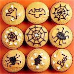Making Halloween Cupcakes - step shot Stock Photo - Premium Rights-Managed, Artist: foodanddrinkphotos, Code: 824-06491714