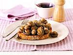 Mushrooms on toast Stock Photo - Premium Royalty-Free, Artist: Westend61, Code: 659-06494779