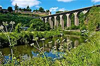 River Rance banks, with viaduct and Castle walls, Dinan, Brittany, France, Europe Stock Photo - Premium Rights-Managednull, Code: 841-06500012