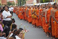 Monks in mourning parade for the late King Sihanouk outside Royal Palace, Phnom Penh, Cambodia, Indochina, Southeast Asia, Asia Stock Photo - Premium Rights-Managednull, Code: 841-06501915