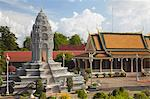 Kantha Bopha Stupa at Silver Pagoda in Royal Palace, Phnom Penh, Cambodia, Indochina, Southeast Asia, Asia Stock Photo - Premium Rights-Managed, Artist: Robert Harding Images, Code: 841-06501925