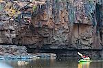 Kayakers in the Katherine Gorge, Northern Territory, Australia, Pacific Stock Photo - Premium Rights-Managed, Artist: Robert Harding Images, Code: 841-06502378