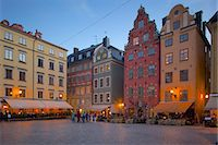 stockholm - Stortorget Square cafes at dusk, Gamla Stan, Stockholm, Sweden, Scandinavia, Europe Stock Photo - Premium Rights-Managednull, Code: 841-06502828