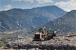Machinery working on waste in landfill Stock Photo - Premium Royalty-Free, Artist: Siephoto, Code: 649-06533598