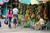 south american woman - South America, Colombia, Leticia, Amazon region, Woman walking in a market with her daughter Stock Photo - Premium Rights-Managednull, Code: 862-06541021
