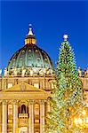 St Peters Basilica, Basilica di San Pietro, Christmas tree and crib. Rome, Lazio, Italy, Europe Stock Photo - Premium Rights-Managed, Artist: AWL Images, Code: 862-06542023