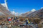 Asia, Nepal, Himalayas, Sagarmatha National Park, Solu Khumbu Everest Region, porters carrying loads Stock Photo - Premium Rights-Managed, Artist: AWL Images, Code: 862-06542401