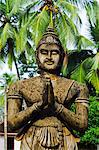 Sri Lanka, North Central Province, Mihintale, Ambasthale Dagoba, statue of King Mahinda Stock Photo - Premium Rights-Managed, Artist: AWL Images, Code: 862-06543003