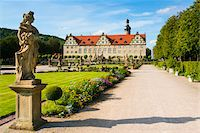 Statue and Formal Garden in front of Weikersheim Castle, Weikersheim, Baden-Wurttemberg, Germany Stock Photo - Premium Rights-Managednull, Code: 700-06553369
