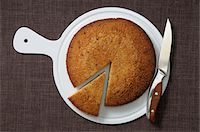 sweet   no people - Overhead View of Cake with Slice cut out of it Stock Photo - Premium Royalty-Freenull, Code: 600-06553513