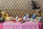 Toys at tea party Stock Photo - Premium Royalty-Free, Artist: Michael Mahovlich, Code: 6114-06590252