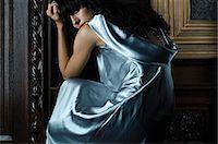 silky - Woman wearing a blue silk dress Stock Photo - Premium Royalty-Freenull, Code: 6114-06591278