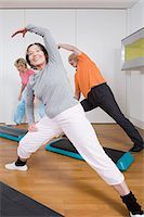 fitness older women gym - Exercise class Stock Photo - Premium Royalty-Freenull, Code: 6114-06604392