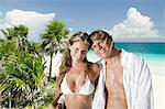 Couple on paradise beach Stock Photo - Premium Royalty-Free, Artist: Alberto Biscaro, Code: 6114-06606067
