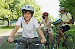 Family on bicycles Stock Photo - Premium Royalty-Free, Artist: CulturaRM, Code: 6114-06608412
