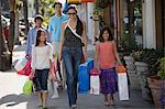 Family shopping trip Stock Photo - Premium Royalty-Free, Artist: CulturaRM, Code: 6114-06608571