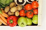 Organic vegetable and fruit box Stock Photo - Premium Royalty-Free, Artist: Cultura RM, Code: 6114-06609546