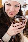 Young woman with cup of tea Stock Photo - Premium Royalty-Free, Artist: urbanlip.com, Code: 6114-06609669