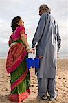 Indian couple at the beach Stock Photo - Premium Royalty-Free, Artist: Blend Images, Code: 6114-06613203