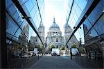 St Pauls Cathedral Reflected Stock Photo - Premium Royalty-Freenull, Code: 6106-06614925