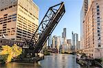 Chicago River and towers of the West Loop area, Willis Tower, formerly the Sears Tower in the background, a raised disused railway bridge in the foreground, Chicago, Illinois, United States of America, North America Stock Photo - Premium Rights-Managed, Artist: Robert Harding Images, Code: 841-06616703