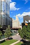 Chicago River Walk and towers including Trump Tower and the Wrigley Building, Chicago, Illinois, United States of America, North America Stock Photo - Premium Rights-Managed, Artist: Robert Harding Images, Code: 841-06616721