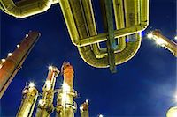refinery - petrochemical plant at dusk Stock Photo - Premium Royalty-Freenull, Code: 618-06618448
