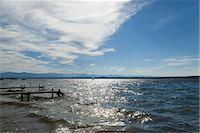 Wooden piers over ocean Stock Photo - Premium Royalty-Freenull, Code: 649-06622328