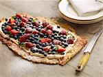 Close up of fruit and cream tart Stock Photo - Premium Royalty-Free, Artist: Westend61, Code: 649-06623175