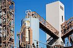 Factory infrastructure and silo Stock Photo - Premium Royalty-Freenull, Code: 614-06624729