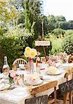 Table set for outdoor wedding reception Stock Photo - Premium Royalty-Free, Artist: Karen Whylie, Code: 6113-06625668