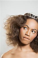 Woman wearing a tiara Stock Photo - Premium Royalty-Freenull, Code: 6114-06658614