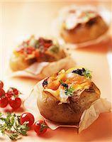 food - Patate ripiene al salmone (baked potatoes with salmon, Italy) Stock Photo - Premium Royalty-Freenull, Code: 659-06670943