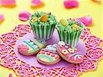 Cupcakes and Easter biscuits Stock Photo - Premium Royalty-Freenull, Code: 659-06671067