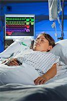 Intensive care patient. Stock Photo - Premium Royalty-Freenull, Code: 679-06674170