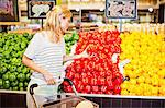 Woman shopping in grocery store Stock Photo - Premium Royalty-Free, Artist: Cultura RM, Code: 649-06717197