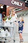 Mother and daughter with groceries Stock Photo - Premium Royalty-Free, Artist: Blend Images, Code: 649-06717233