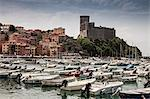 Boats docked in harbor Stock Photo - Premium Royalty-Free, Artist: Westend61, Code: 649-06717893